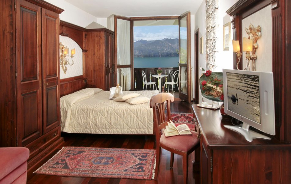 March Offer on Lake Garda
