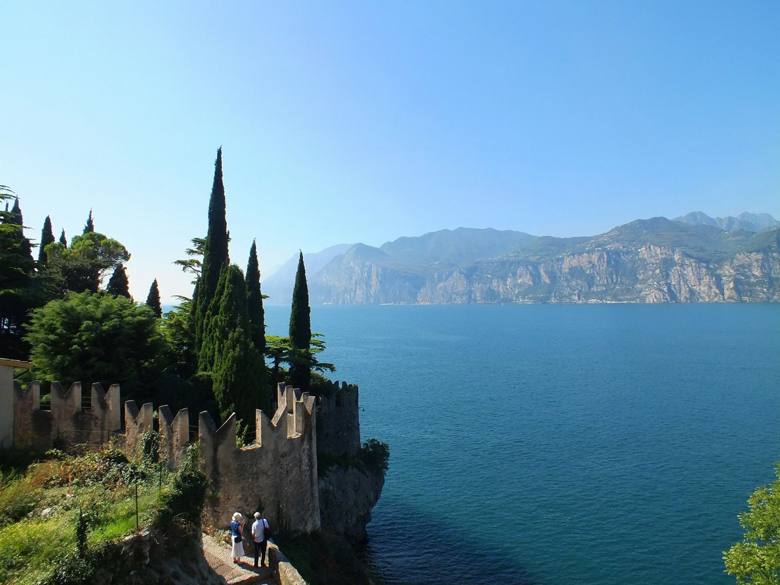 Offerta di Giugno a Malcesine sul Lago di Garda | Hotel Querceto